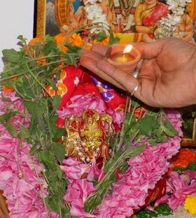Shri Durga Puja (Path) and Homa - Navchandi or Shatchandi